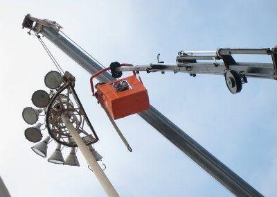 desmontaje-torre-de-iluminacion-1